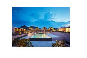 VianPool Swimming Pool Condo D Hyatt hotel1